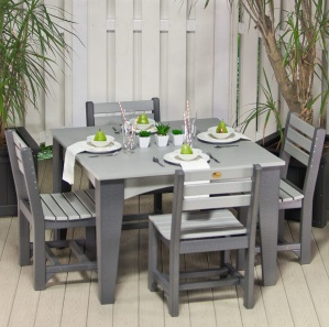 Island Square Outdoor Table and Chairs Set