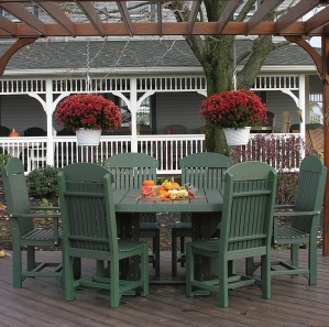 Glade Haven Oval Patio Table Set