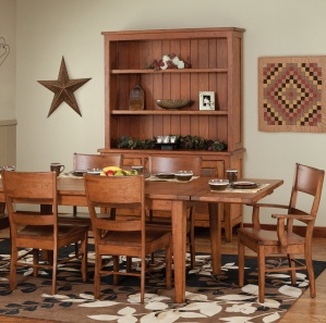 Bandera Amish Dining Room Set