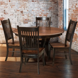 Linzee Amish Dining Room Set