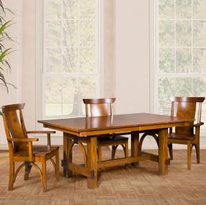 Ellis Amish Dining Room Set