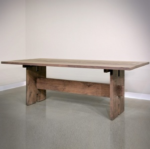 Delta Amish Dining Table