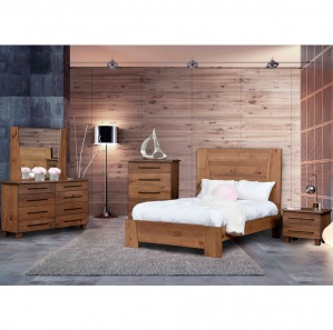 Grand Sequoia Amish Bedroom Furniture Set