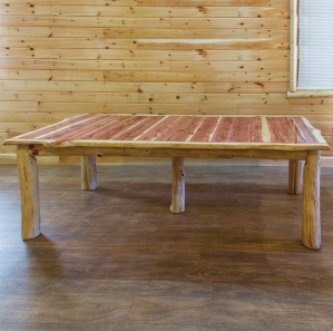 Red Cedar Amish 4 Leaves Extension Table