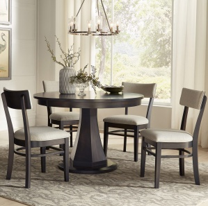 Emerson Amish Dining Room Set