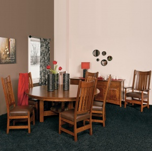 Conner Amish Dining Room Set