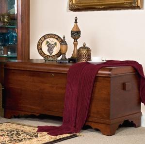 Newport Cherry Amish Blanket Chest