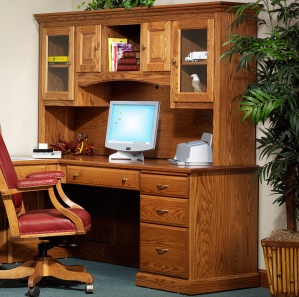 Highland Executive Corner Computer Desk & Optional Hutch