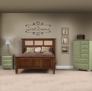 Holly Park Contemporary Amish Bedroom Set