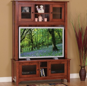 Laurel Cove TV Console with Optional Hutch