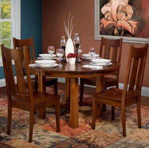 South Hills Dining Table Set
