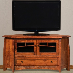 Boulder Creek Corner Amish TV Cabinet