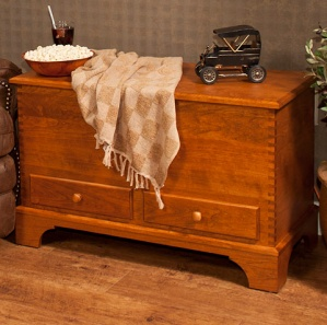 Carriage House Cherry Amish Blanket Chest
